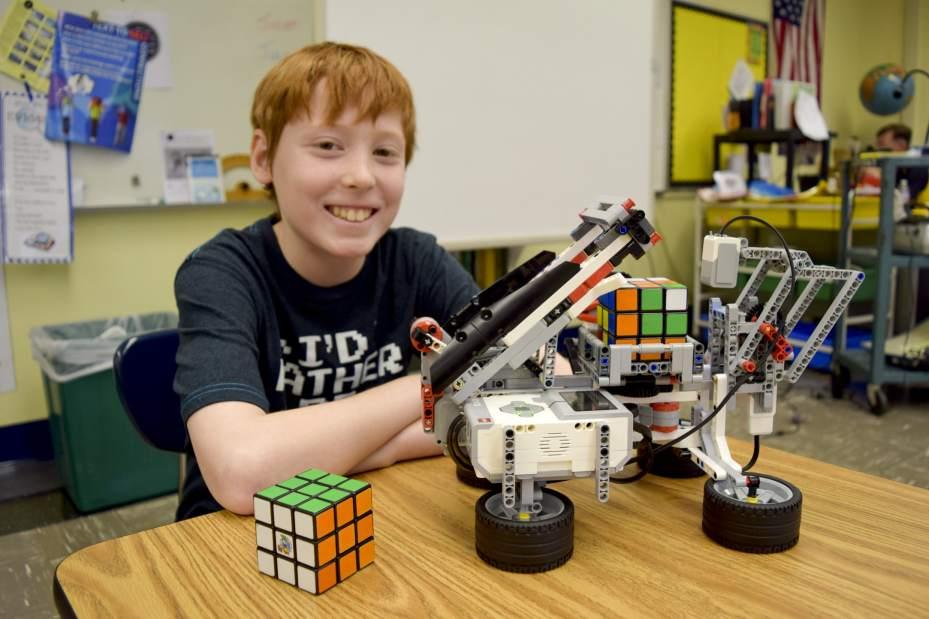 Ethan-robot